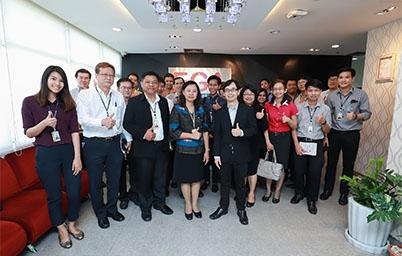 """DGA ให้การต้อนรับคณะผู้บริหารและผู้ปฏิบัติงาน การไฟฟ้าฝ่ายผลิตแห่งประเทศไทย (กฟผ.) ในการเยี่ยมชมและเข้าศึกษาดูงาน """"การใช้ระบบเทคโนโลยีสารสนเทศ เพื่อเพิ่มประสิทธิภาพในการดำเนินงาน"""""""