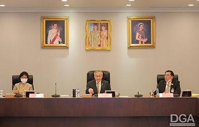 รองนายกฯ ดอน ปรมัตถ์วินัย กำชับทุกหน่วยงานเตรียมความพร้อมในการจัดทำแผนปฏิบัติการให้สอดคล้องกับแผนพัฒนารัฐบาลดิจิทัลหลังแผนฯ ประกาศลงราชกิจจานุเบกษาเร็วๆ นี้ และให้ DGA เร่งพัฒนาทักษะด้านดิจิทัล (Digital Literacy) ผ่านหลักสูตรอิเล็กทรอนิกส์ (e-Learning) ให้บุคลากรภาครัฐทั่วประเทศ  พร้อมดันการใช้เอกสารสำคัญทางการศึกษาในรูปแบบดิจิทัล (Digital Transcript) ให้เริ่มใช้ปีการศึกษา 2563